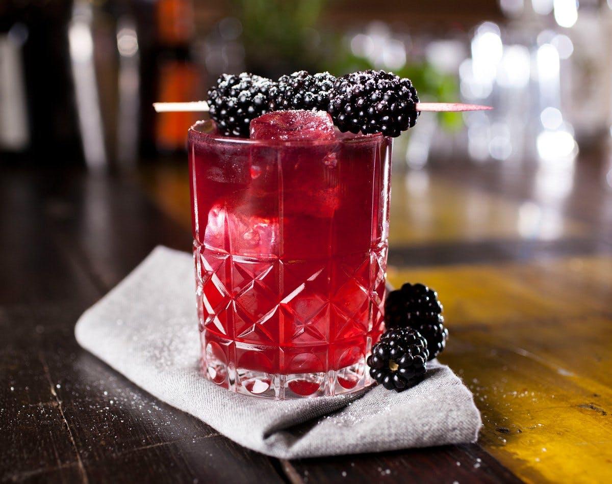 August in Altona Gin